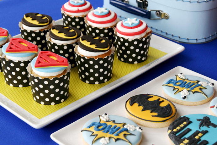 Superhero Party For Boys Cupcakes Calling All Superheroes Guest Dessert Feature