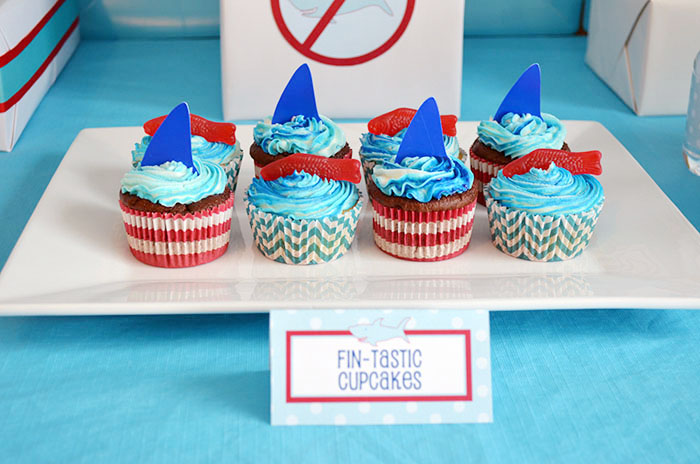 Fintastic Cupcakes Shark Party Guest Dessert Feature