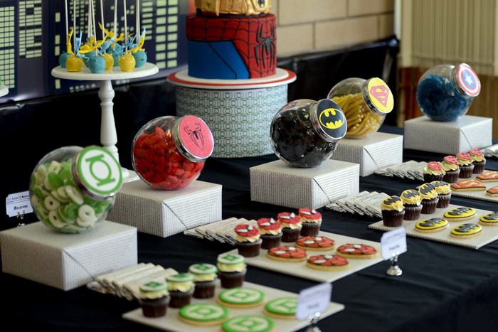dessert table1 Superhero Guest Dessert Feature