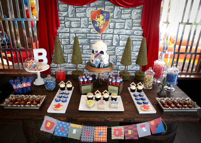 Brae Knight Dessert Table Brave Knight Guest Dessert Feature