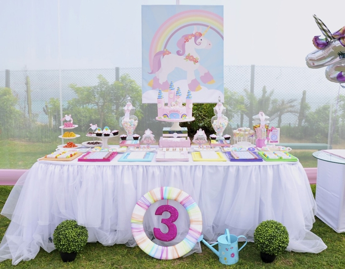 Unicorns and Rainbows Dessert Table Unicorns & Rainbows Guest Dessert Feature
