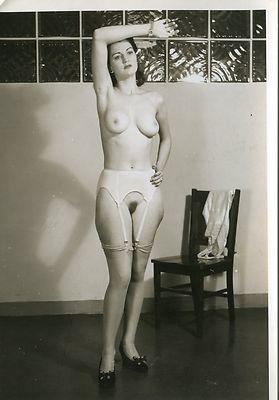 Upskirt 1940 s