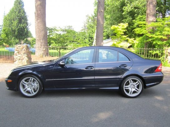 """In side profile the C55 AMG looks like every other W203 sedan, only the 18"""" AMG wheels give away it's aggressive nature."""