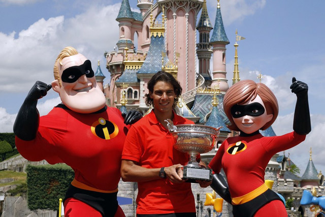 Rafa-in-Disneyland-Paris-rafael-nadal-12812513-640-427