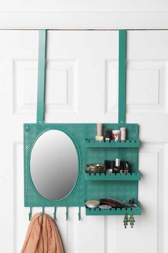 Over the door vanity station - Urban Outfitters