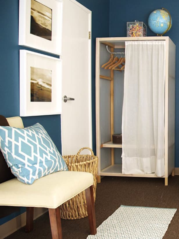 Dorm Decor Ideas - Curtain Over Closet