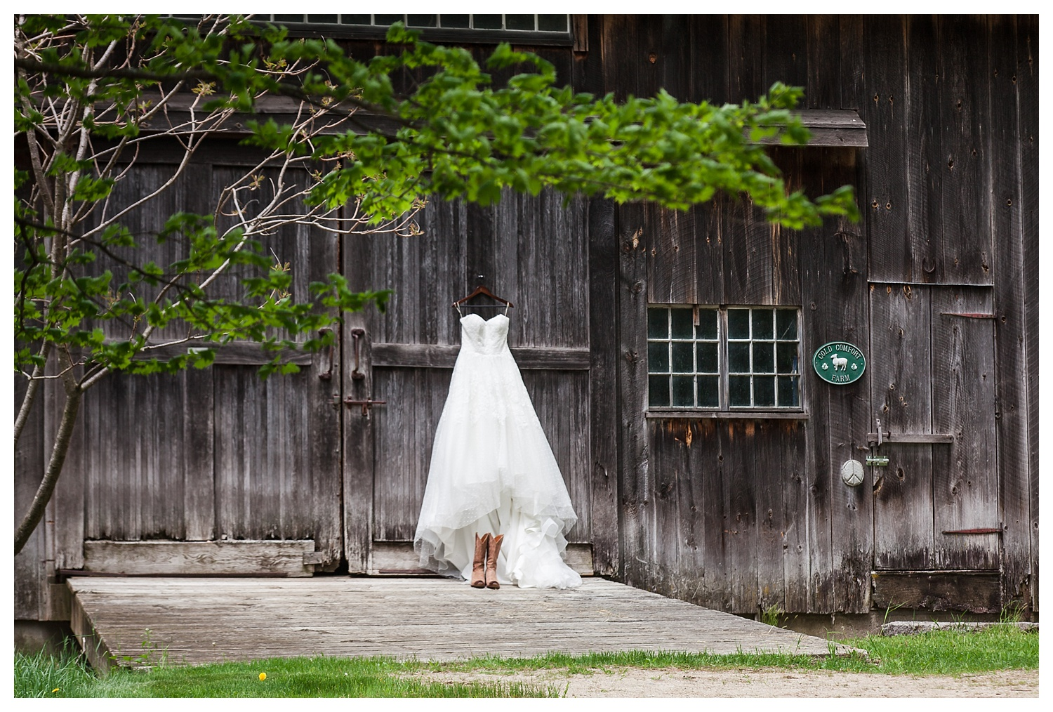 #Carbo Wedding,Artistic,BLM,Black and White Wedding Photography,Brattleboro,Candid,Carbo Wedding,Cold Comfort Farm,Creative,Dublin,Emily & Kent,Emily-Kent_Cold-Comfort-Farm,Hancock,Harrisville,Jaffrey,Keene,MA,ME,Maine,Marlborough,Massachusettes,May,NH,NH Wedding,Natural,Natural Light,Nelson,New England,New England Wedding,Peterborough,Peterborough Wedding Photographer,Photo,Photographer,Photography,Photojournalistic,Professional,Professional Wedding Photography,Rindge,Sharon,Style,Temple,Travel,USA,Unites States,VT,Vermont,Vivid,Wedding,Wedding Photography,Wedding Photography Packages,Wedding Photography Tips,www.blmphoto.com,©BLM Photography 2016,