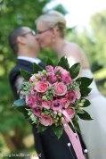 Obwohl die traditionelle, klassische Hochzeit nie unmodern wird, so verändert sich der Style der Brautbilder. Hochzeitsfotograf Wien