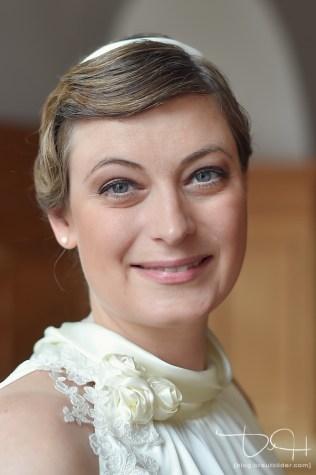 Portrait von der Braut fotografiert durch den Hochzeits Fotografen Nuernberg!