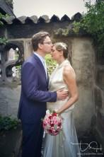 Brautbilder im Burgarten! Nuernberger Burg! Euer Hochzeitsfotograf auf der Nuernberger Burg!