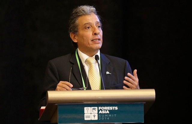 El Ministro del Ambiente del Perú Manuel Pulgar-Vidal durante su intervención en la Cumbre Bosques de Asia en el Hotel  Shangri-La en Jakarta, Indonesia, martes 6 de mayo de 2014.