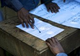 Local people participate in a forestry workshop in Democratic Republic of Congo. Many more such workshops are necessary in the region, a new study says, to raise people's knowledge of fundamental concepts of climate change. Ollivier Girard/CIFOR photo