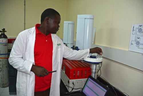 The Greenhouse Gas lab at the Mazingira Center. The Lab measures GHG emissions that will be presented as evidence to policy makers. S.Kilungu photo