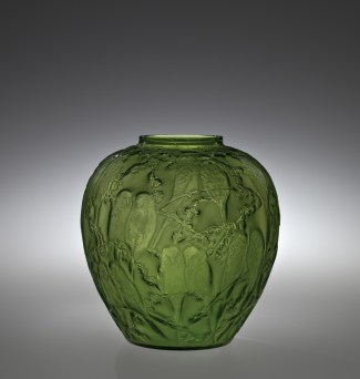 Perruches Rene Lalique (French, 1860-1945) France, Combs-la-Ville, R. Lalique et Cie., about 1919 Mold-blown H: 25.1 cm, Diam (max): 24.3 cm Collection of The Corning Museum of Glass, Corning, New York, Gift of Elaine and Stanford Steppa (2011.3.209)