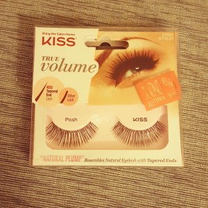 "KISS True Volume Lashes ""Natural Plump"""