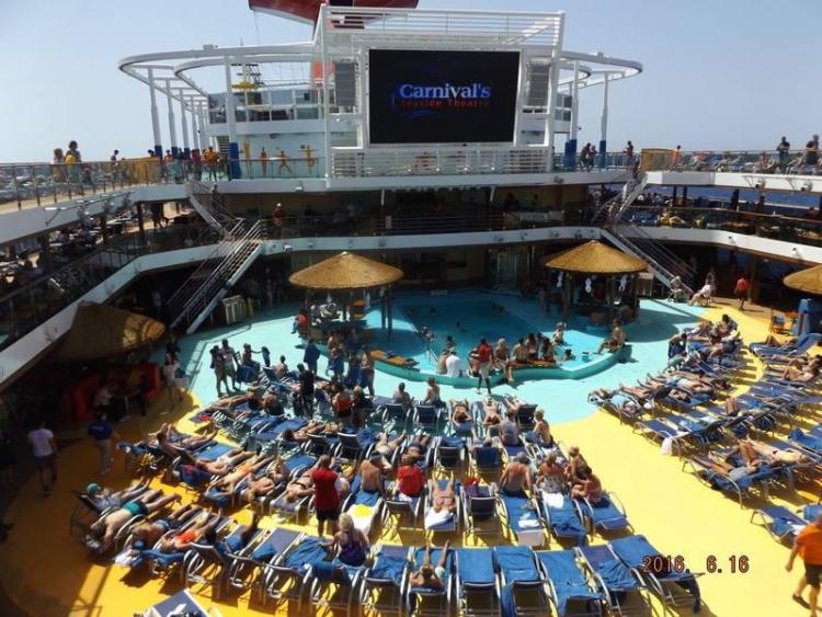 Carnival Vista Lido Deck