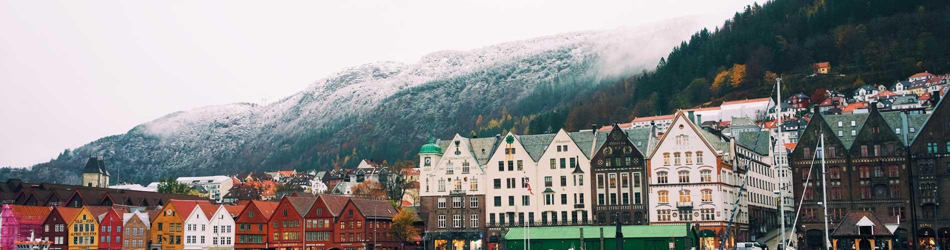 Blog_TopTenWinterBreaks_Bergen_MountFloyen_1900x500_Q120