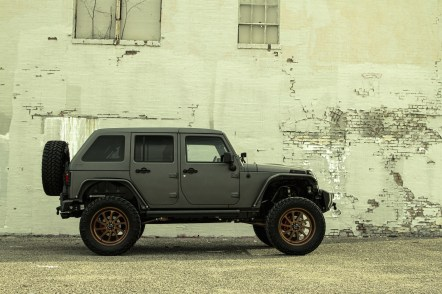 starwood-motors-2014-jeep-wrangler-nighthawk-nighthawk7