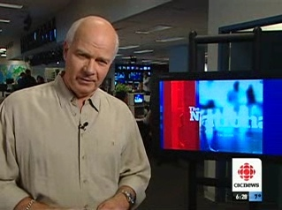 Peter Mansbridge, kickin' it old-school - and standing