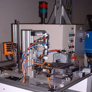 Machine d'usinage Poste de Taraudage Valéo