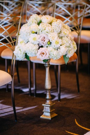 18Flora-Nova-Design-luxury-Four-Seasons-wedding