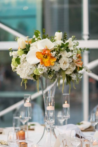 40Flora-Nova-Design-Luxe-Chihuly-Seattle-wedding