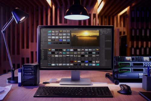 Medium Of Davinci Resolve Price