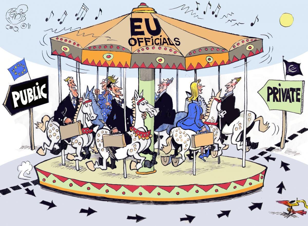 Karuzela się kręci, czyli o drzwiach obrotowych w Unii Europejskiej [podpisz petycję ALTER-EU]