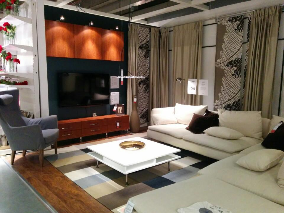 Furniture stores in nyc 12 best shops for modern designs for Top furniture stores nyc
