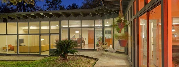Good-Brick-Award-winner-for-preservation-in-Historic-Glenbrook-Valley-mcm-midcentury-madmen-housepor