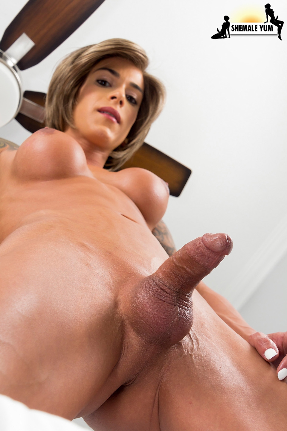 shemales cumming while fucked hands free