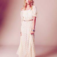 Robe de mariée longue en dentelle à petit prix