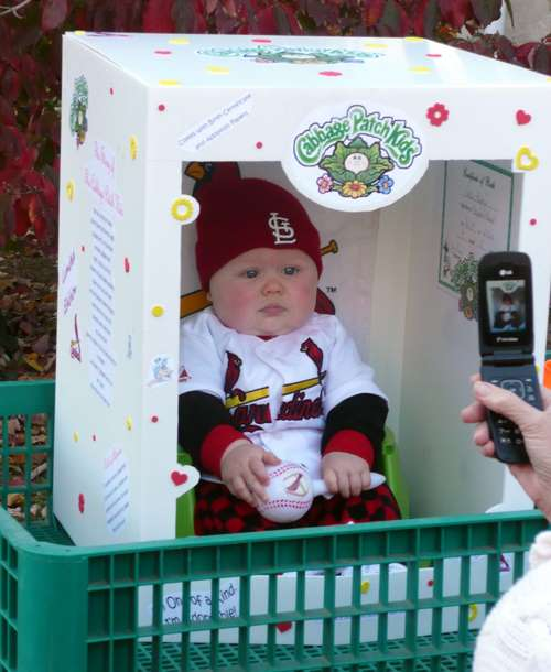 DIY Halloween Costumes - Cabbage Patch Kids