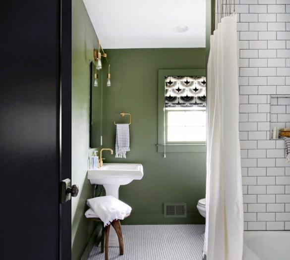 green_bathroom