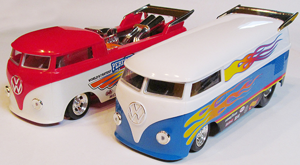 Hot Wheels Drag Bus 1/18