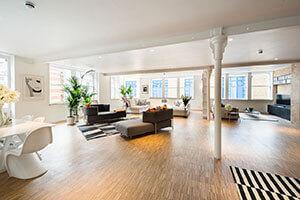 Outstanding 3 Bedroom Loft Apartment in Shepherdess Walk, N1