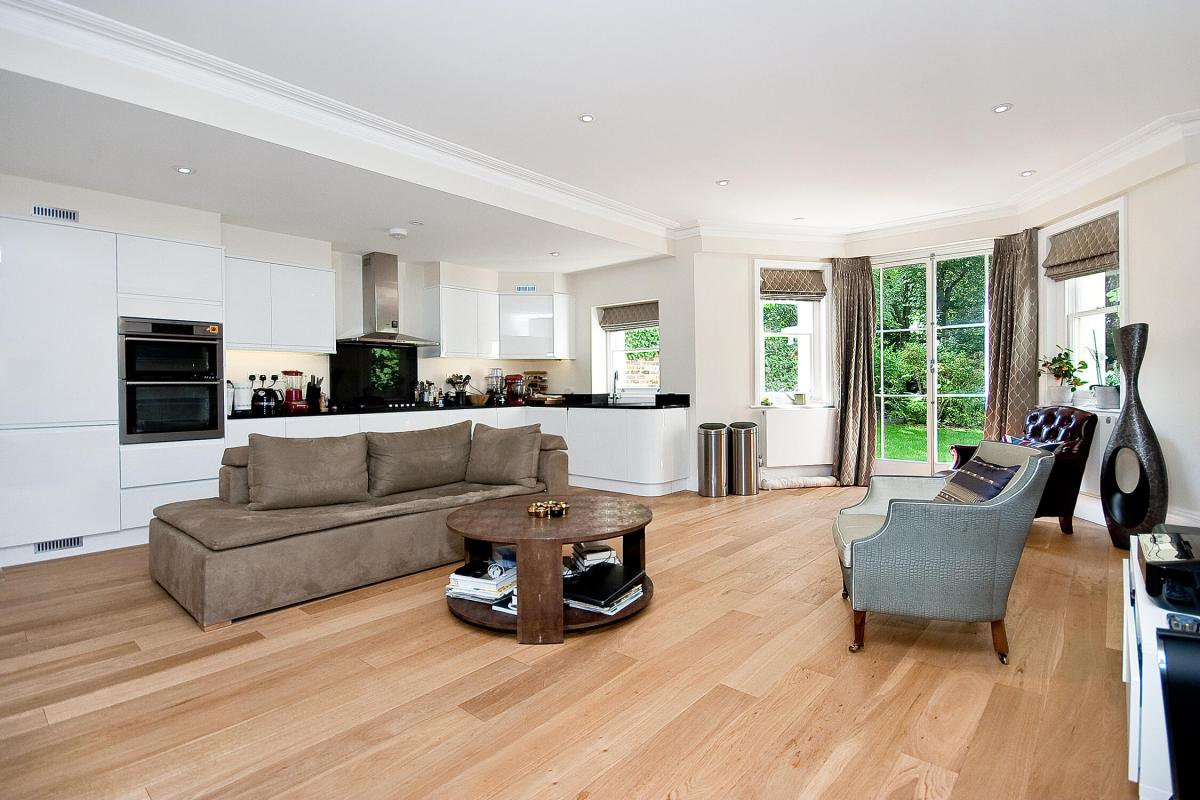 Little Venice anyone? Beautiful 2 Bedroom Apartment, Randolph Road, W9
