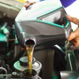 ¿Por qué es importante cambiar el aceite a tu coche?