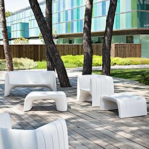 collection groove by 21st living art salon de jardin minimaliste epur le blog jardinchic. Black Bedroom Furniture Sets. Home Design Ideas