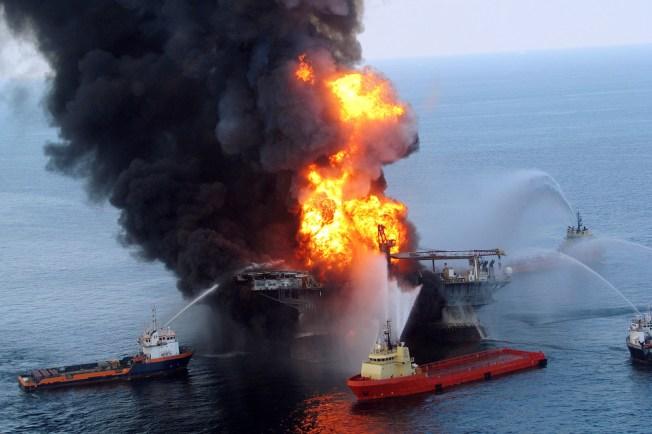 Sans Commentaire #1 : Accident sur une plateforme pétrolière