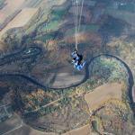 Frédérique plonge à plus de 120 pieds à la seconde