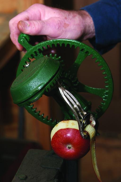 apple peeler eli