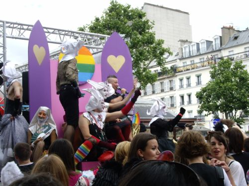 Tatiana Potard et les Soeurs de la Perpétuelle Indulgence à la Gay Pride 2008