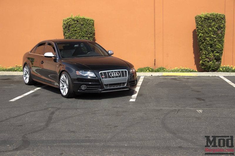 Black Audi S4 Sideview Front