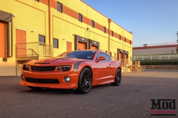 Raging Inferno: Camaro SS Brings The Heat on Forgestar F14 Wheels
