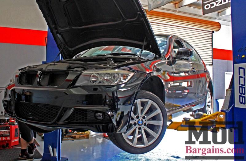 BMW_E90_LCI_Sport_Bumper_Paint-Svcs-Black_Img003