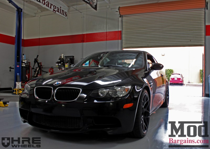 black-bmw-e93-on-black-hre-ff01-wheels-img001