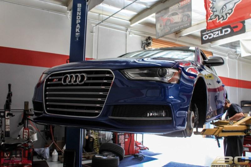 Audi_B8_S4_Blue_VMR_V803_HSL_19x95_255-35-19-3 (2)