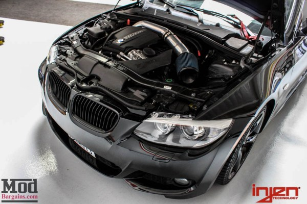 Quick Snap: E92 BMW 335i Injen N55 Intake INSTALLED