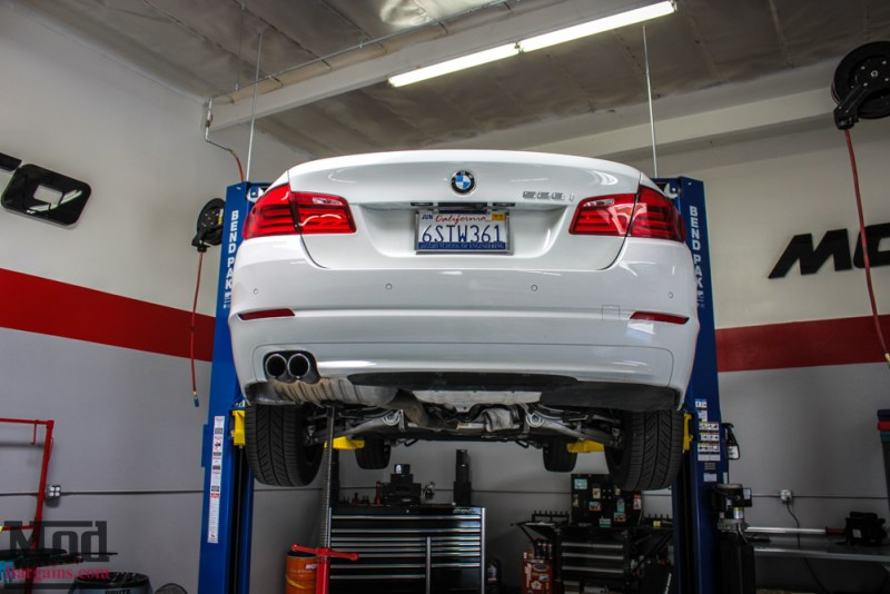 BMW_F10_528i_Remus_Quad_Exhaust_NonM_Lip_white-5